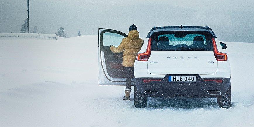 Promozione kit invernali Volvo e servizio stoccaggio pneumatici