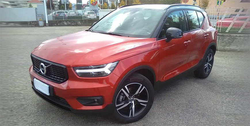 Volvo XC40 D3 R-Design Geartronic dimostrativa a 37.500 €
